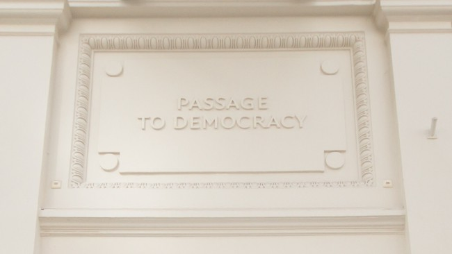 Entrance NIMD - Passage to Democracy